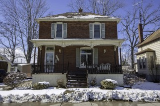 Real Estate Listing  421 WINGFIELD Petrolia