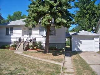 Real Estate Listing  1054 EASTLAWN Sarnia