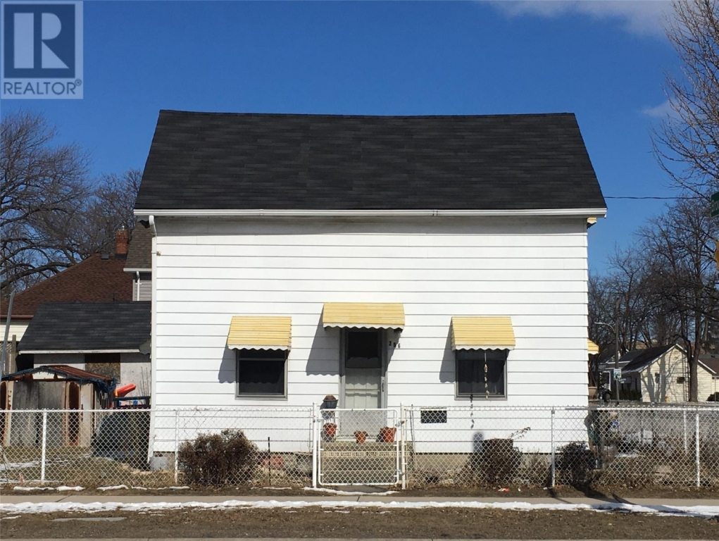 Real Estate -   296 CONFEDERATION STREET, Sarnia, Ontario -