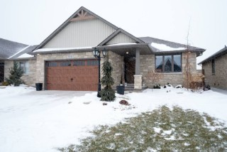 Real Estate Listing  324 GRAHAM COUGHTRY CRT Sarnia