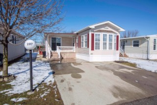 Real Estate Listing 297 5700 BLACKWELL Sarnia
