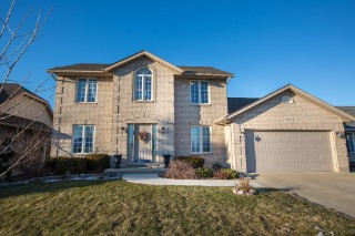 Real Estate Listing  667 HUMBER Sarnia