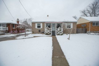 Real Estate Listing  794 GUTHRIE Sarnia